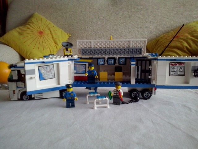 Lego City. Camion Policia