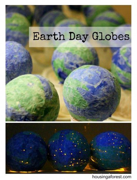 Paper Mache Light-Up Globes ~    Paper Mache + Kids = FUN!    How To @:  http://www.housingaforest.com/paper-mache-globes/