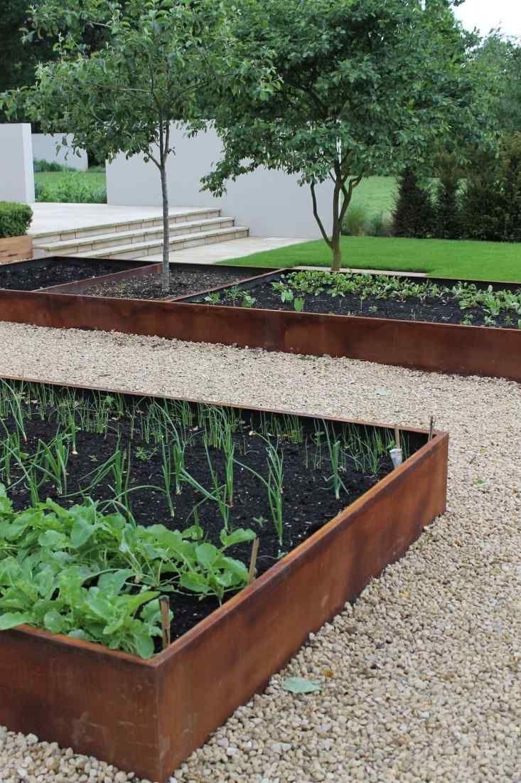 Les 25 meilleures id es de la cat gorie bordure acier sur for Bordure metal pour jardin