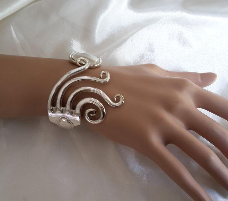 """Bracelet fourchette articulé,dents """" venus de botticelli ' original, fait main : Bracelet par j-v-bijoux"""