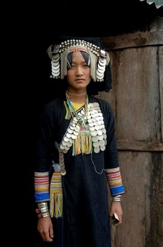 Laos   Akha Pixor woman in traditional dress. Village Ban Moxoxang, Phongsali district, Phongsali province, Phongsaly   ©Imagebrokerrm