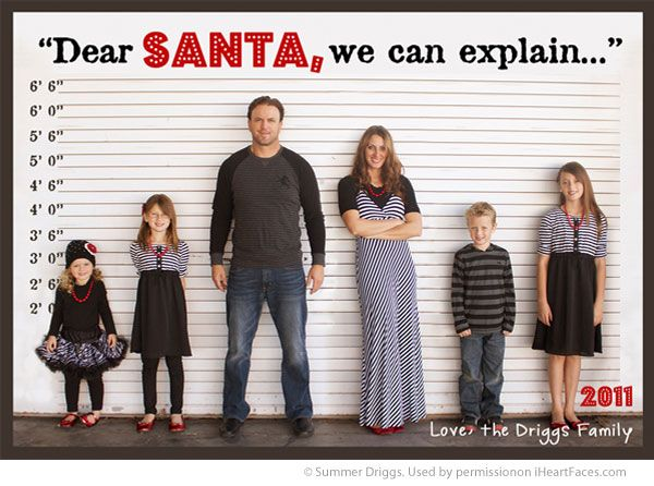 A bunch of great ideas for fun Christmas Cards. Love this family photo idea from Summer Driggs. #Christmas #photos