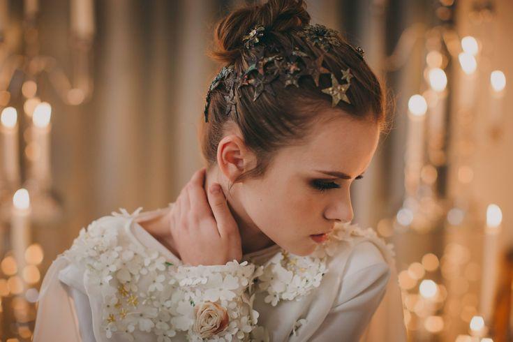 wedding decor, planner, organizacion eventos, inspiracion boda, shoot, headpiece, wedding dress, maquillaje novia, muah | Photo by Pablo Laguia