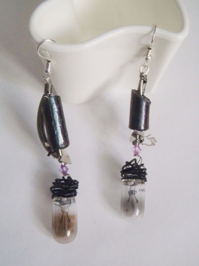 earrings visual key steampunk light bulb industrial gothic cosplay grunge  steampunk industrial visual key<br ></a>pair of earrings<br /><br />made with irideshent gray paper beads, with plastic beads, glass light bulb and recycled metal elements<br /><br />gift for her, teens, steampunk, industri...