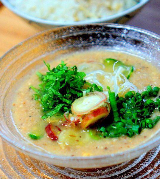 宮崎の郷土料理に冷やし汁です。  本格的な味を簡単に作ります。