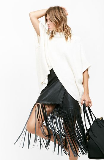 Free People All Wrapped Up Cocoon Poncho in Cream M/L   DAILYLOOK