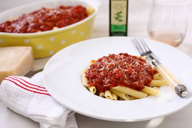 """Italian """"Gravy"""" - step-by-step authentic sauce the way grandma used to make it!"""