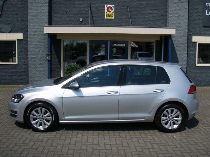 Volkswagen Golf  Description: Volkswagen Golf 2.0 TDI Comfortline Automaat  Price: 255.24  Meer informatie