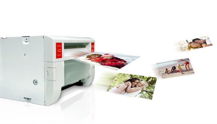 Stampe Digitali Immediate - Effettuiamo stampe digitali immediate dal formato 10×15 al formato 15×20 su carta fotografica  Contatti: GRUPPO FOTO PENNETTA gest. Bianchi Carlo Via Pannonia, 45 Roma Tel: 06/70497749 Cell:328/9684187  - http://www.ilcirotano.it/annunci/ads/stampe-digitali-immediate/