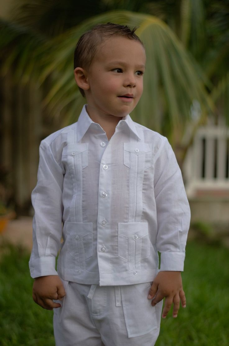 Linen Long Sleeve Guayabera for Boys. White - Cuban Traditional 4 pockets Guayabera for kids. Long Sleeve.