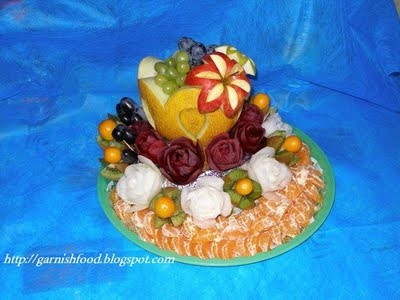 Fruit Carving Arrangements and Food Garnishes: Melon Vase & Fruit Tray