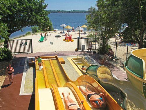 Les 25 meilleures id es concernant toboggan de piscine sur for Camping dordogne avec piscine et toboggan