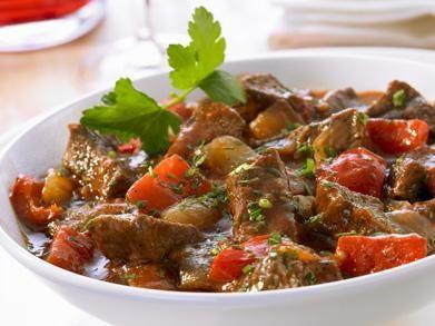 goulash (2) http://www.libelle-lekker.be/recepten/eten/13187/goulash-_2_