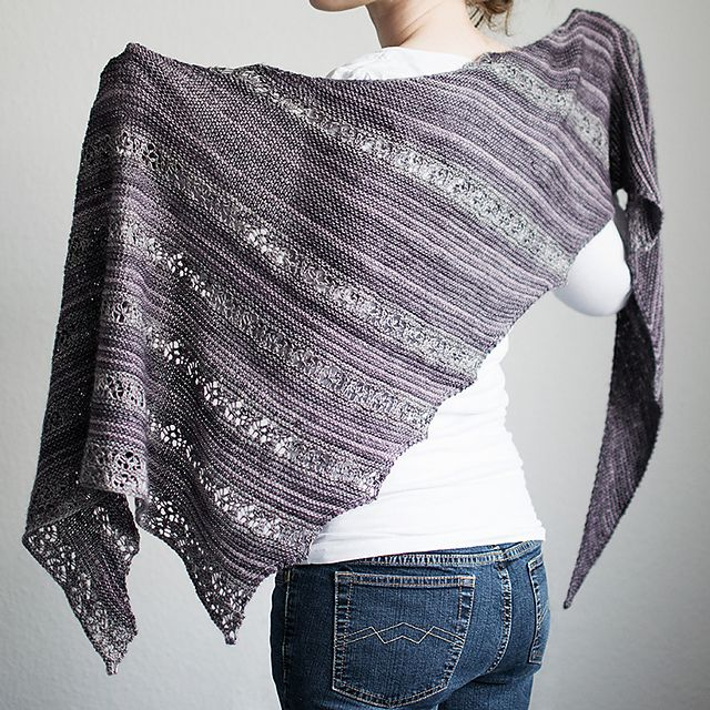 Test-knit for this beautiful shawl, thank you so much for inviting me, Hanna! Really a fun knit.  And I love the result, perfect size and a absolutely beautiful mix between stripes and lace. It nev...