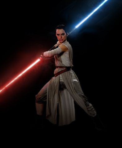 Rey with Double Lightsaber