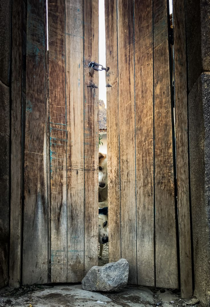 https://flic.kr/p/NXNHrJ | Closed Doors (Ollantaytambo, Peru. Gustavo Thomas © 2016) | Puertas cerradas / Closed Doors (Ollantaytambo, Peru. #Photograph by Gustavo Thomas © 2016)