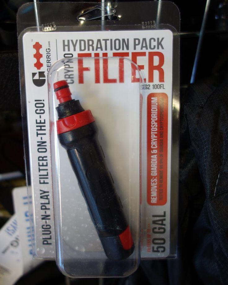 Geigerrig Wasser Crypto Filter, Schwarz, GR-G2-100-FL:    Für Geigerrig Trinkblase - Wasser Filtern und direkt auf die Wunde sprühen oder in den Mund von Betroffenen.  ---- !!! Es gibt für diesen Zwischeneinsatz - neue Ersatzfilter, da diese nach 1 1/2 Beuteln ausgetauscht werden müssen !!!----