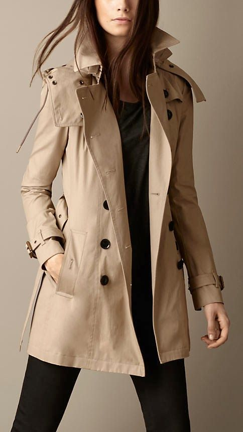 Mid Length Trench Coat. Lovely Cream Color Hoody