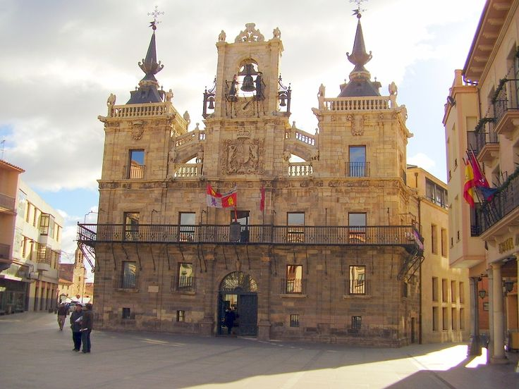 Ayuntamiento de Astorga, León, Camino de Santiago