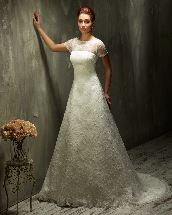 Dress: 70443 Available Colors: Ivory & White Material: Lace Sizes: EU 32-64 UK 6-38 USA 2-34