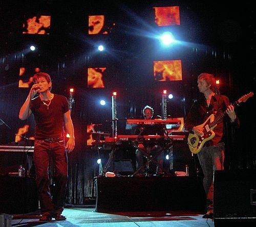 a-ha bei einem Konzert in Köln (Oktober 2005)