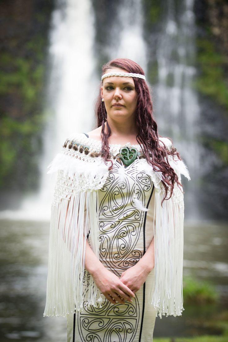 Anahera Wedding Korowai(3/4 cloak)