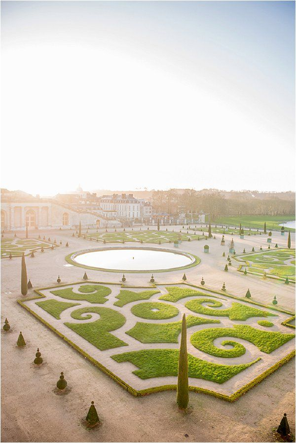 Beautiful Gardens of Versaille Paris | Image by Claire Morris
