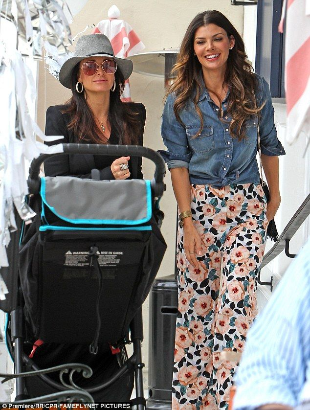 Ladies who lunch! Kyle Richards caught up with her longtime pal Ali Landry for lunch at Au...