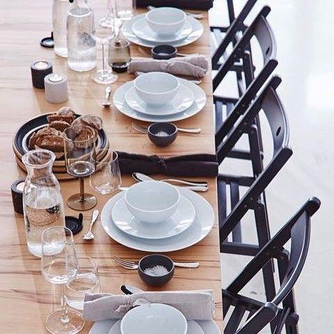 """Am Mittwoch gibt's unser neues Heft - mit vielen schönen Ideen und einem Workshop zum Thema """"vergrößerbare Tische, Klappstühle für Gäste, gedeckten Tische und, und, und..."""" #wennfreundeübernachtbleiben #gäste  #vielplatz #tischdeko #neues_heft  #workshop  #und_überhaupt  #andreas_livingathome"""