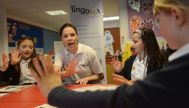 Ashley of South Manchester teaching Spanish
