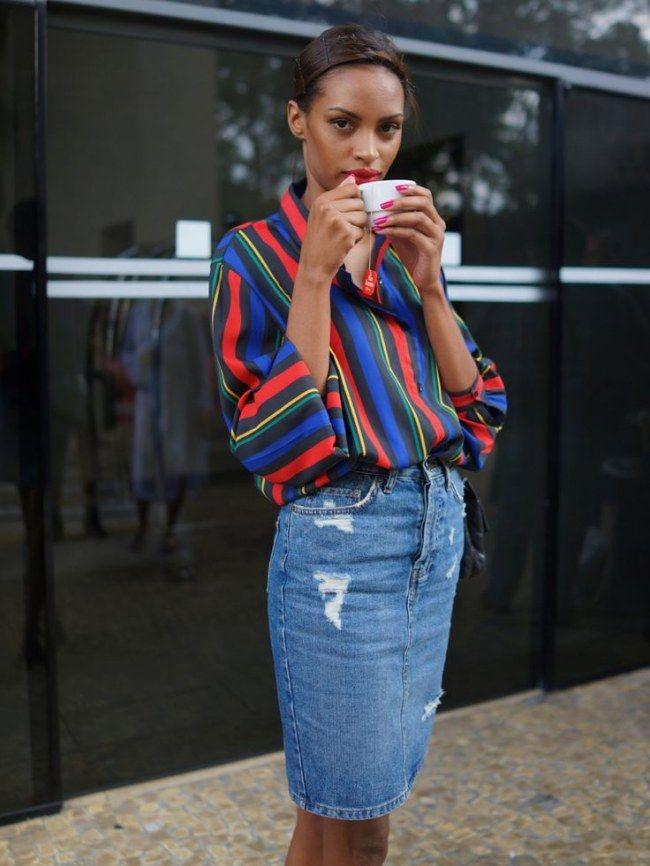 20 filles qui vont vous donner envie de porter une jupe en jean http://www.aufeminin.com/tendances/20-filles-qui-vont-vous-donner-envie-de-porter-une-jupe-en-jean-s1368137.html