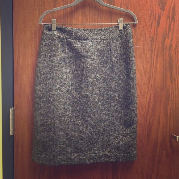 Brown Coldwater Creek skirt with some sparkle Pretty and sophisticated pencil skirt from Coldwater Creek.  Brown skirt with blue and sparkly silver threaded in.  Fully lined.  Zipper and hook closure in back.  EUC!!! Coldwater Creek Skirts Pencil