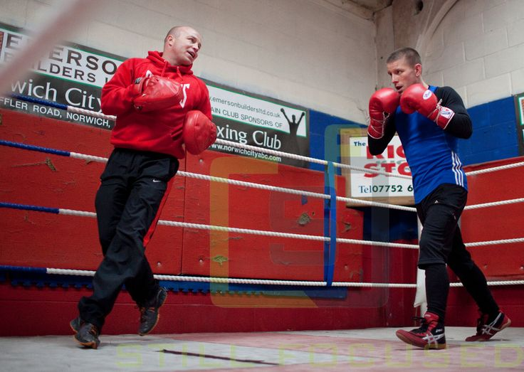 Boxer Michael Walsh with trainer Jon Thaxton