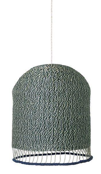 Lampenkap Braided in dustygreen van ferm LIVING shop je hier online bij DEENS.NL. De handgevlochten papieren lamp is een duurzaam ontwerp.