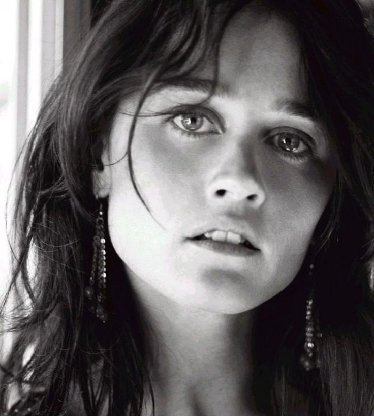 Robin Tunney...The Mentor...#TV #celebrity...Please follow my boards. Thanks!