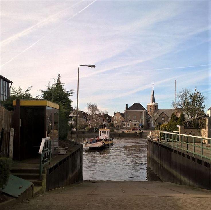 foto van Alie Hoogenboezem-de Vries - Gezicht op Moordrecht vanaf Gouderak