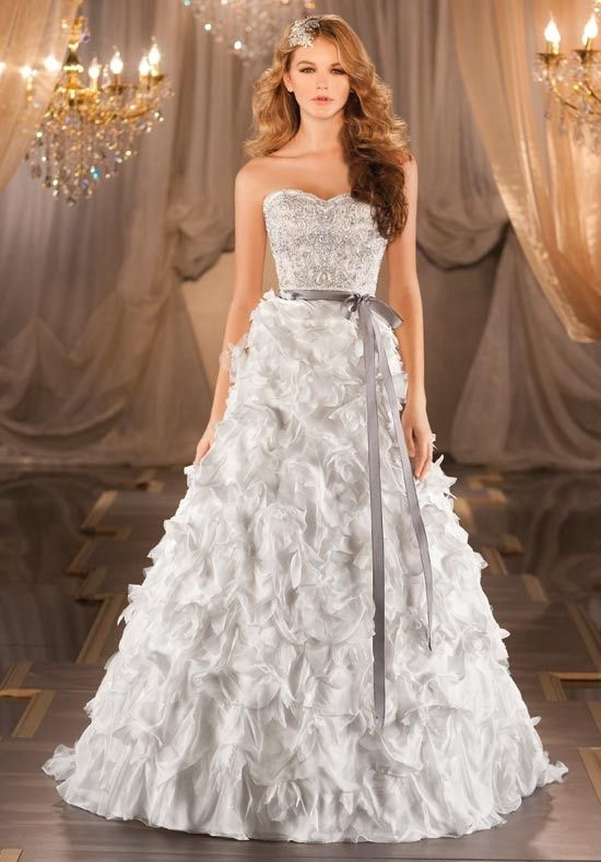 1000 Images About Ruffled Wedding Dresses On Pinterest