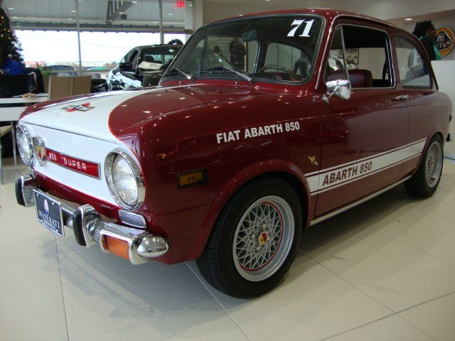 1971 Fiat 850 Abarth SS Coupe -  850cc motor topped with a single barrel Holly carb