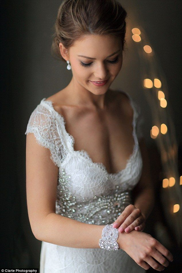 Sam Frost.. Anna Campbell Harper gown and accessories.. #bride #TheBacheloretteAU #clartephotography