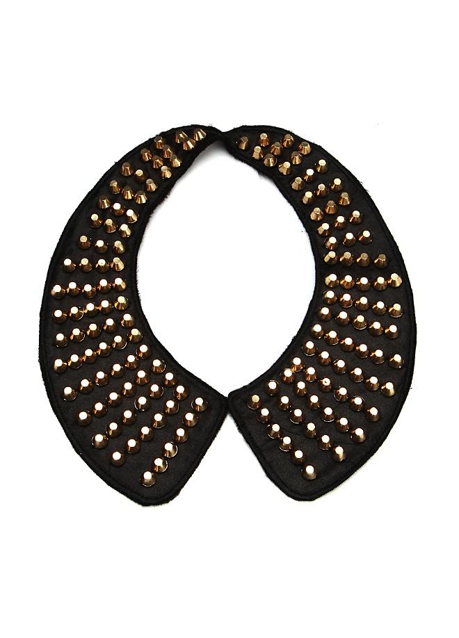 Femaly Zımba yaka kolye Markafoni'de 59,90 TL yerine 19,99 TL! Satın almak için: http://www.markafoni.com/product/3006904/