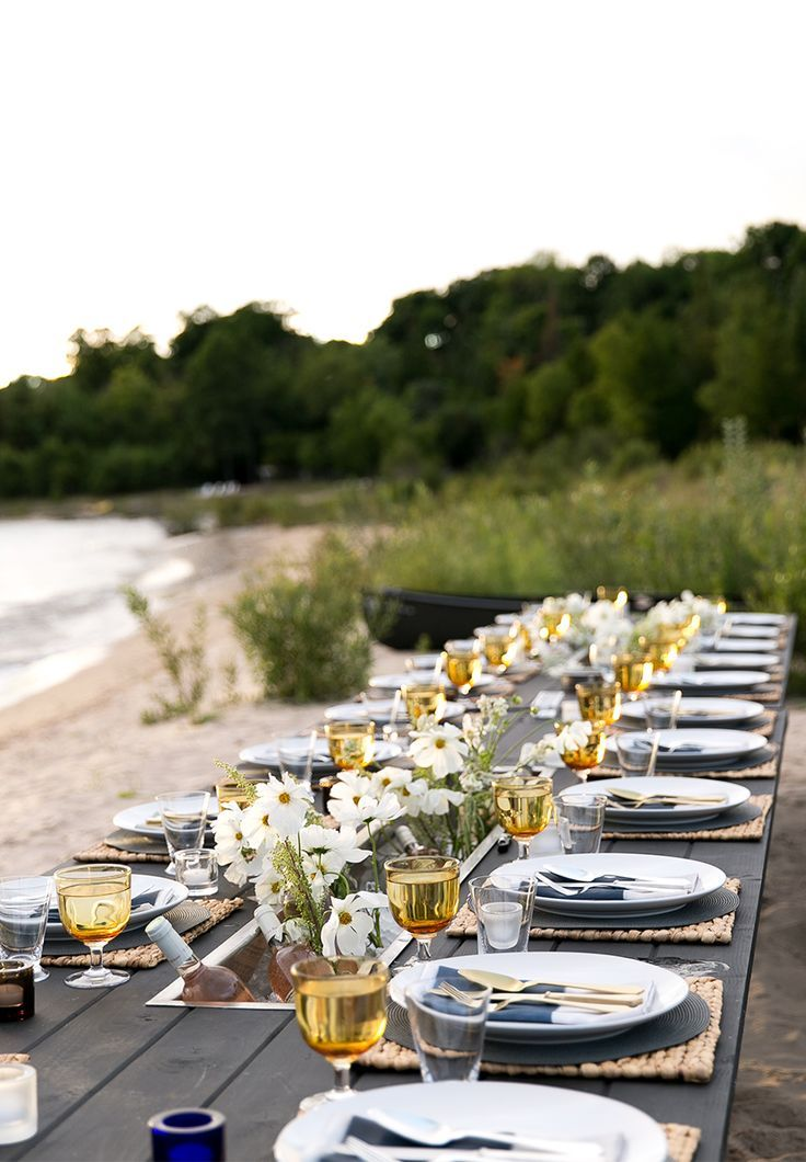 Dinner party by the beach