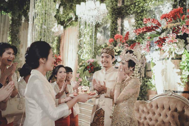 Enchanted Garden Wedding of Kevina and Panji - garden wedding