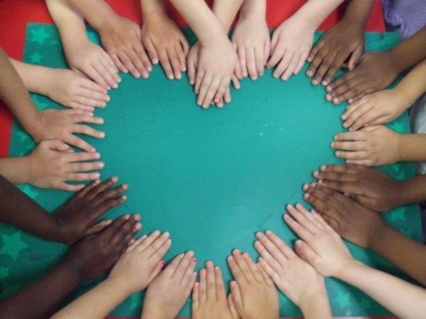 Foto hart handen