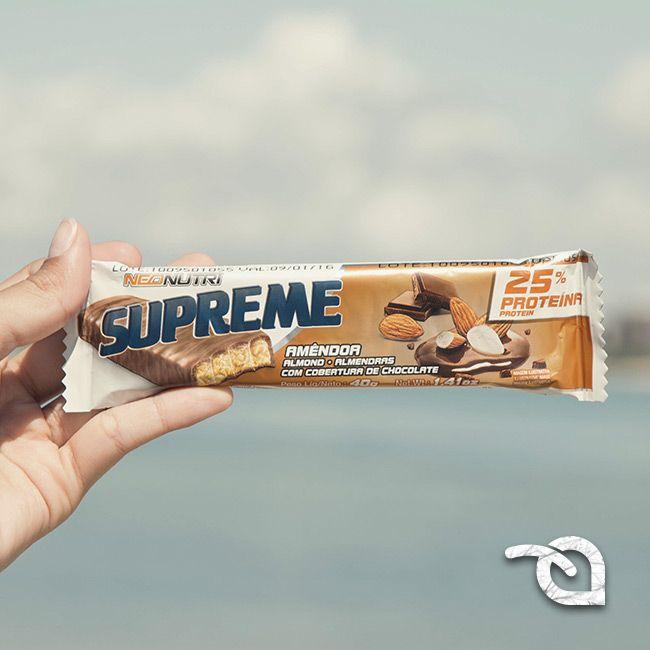 Supreme fornece proteínas e carboidratos com maior praticidade e sabor incomparáveis. 10g de proteínas por barra Alimento compensador, especialmente desenvolvido para atletas.