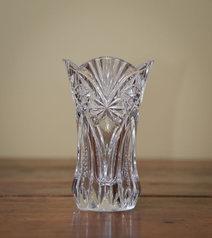 17 best images about crystal and cut glass on pinterest antiques crystal decanter and crystal. Black Bedroom Furniture Sets. Home Design Ideas