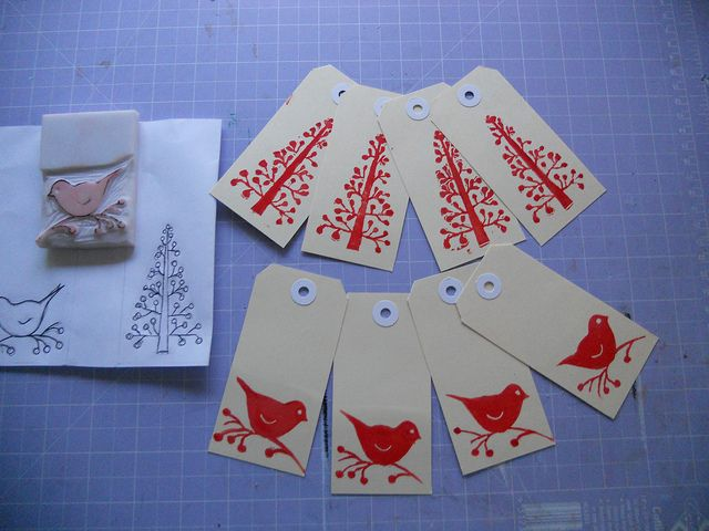 Diane.gt  I love the linocut christmas trees on these handmade gift tags.