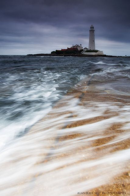 St Mary's lighthouse, Northumberland, UK