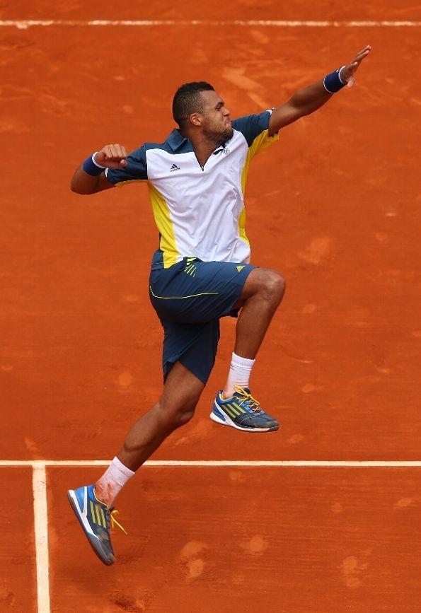 Jo-Wilfried Tsonga @JugamosTenis #RolandGarros #tennis