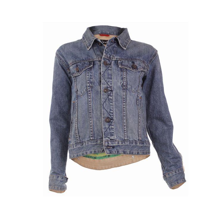 Chaqueta Jeans, Paradis, $45.000. Como ya todas sabemos la chaqueta de jeans es una de las prendas con las que mejor puedes hacer combinaciones con tu ropa.