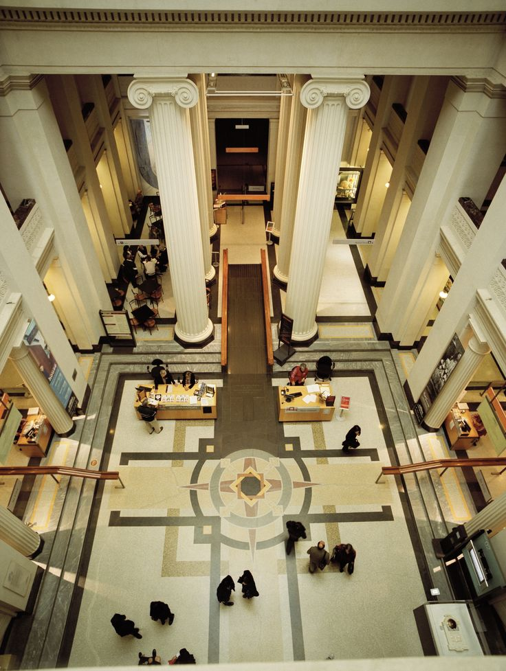 Foyer of Auckland Museum featuring Ionic capitals